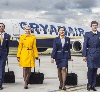Foto Ryanair, al via la campagna di reclutamento assistenti di volo