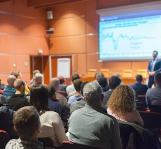 Foto Holistic Revenue: Back to the Future, l'evento dell'anno per gli albergatori