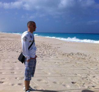 Foto VIDEOINTERVISTA: Da Consulente Viaggi a Tour Operator, la carriera di successo di Mirko