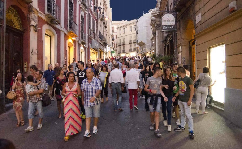 shopping-tourism (2)
